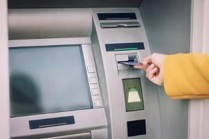Um auf der Geldkarte die PIN zu ändern, müssen Sie Ihre Bank konsultieren.